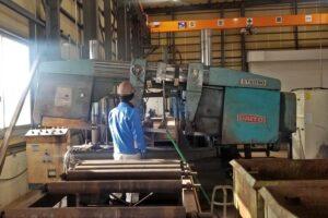 新潟県上越市にある上野工業保有設備|バンドソー ST6090【ダイトウ】
